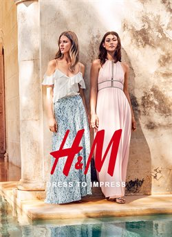 Clothing, shoes & accessories offers in the H&M catalogue in Hamilton