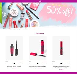 Essence Cosmetics deals in the Montreal flyer