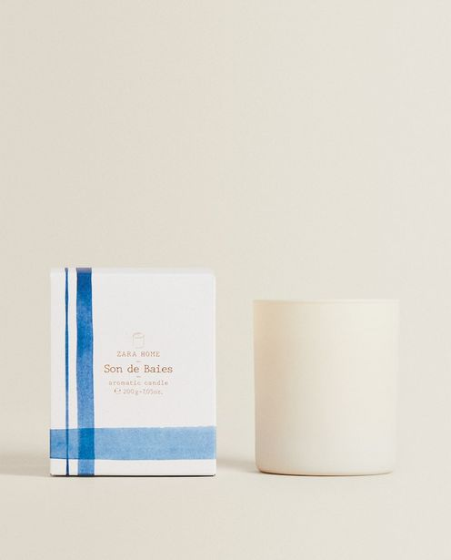 (200 G) Son De Baies Scented Candle discount at $29.9